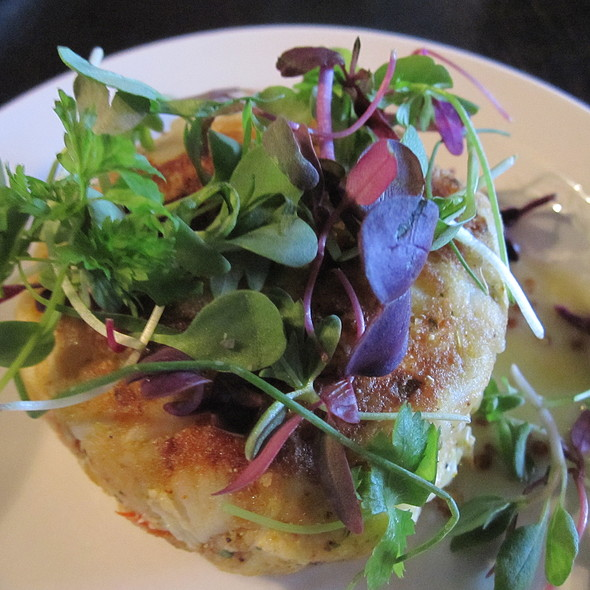 crab cake - Goin' Coastal - Virginia Highland, Atlanta, GA