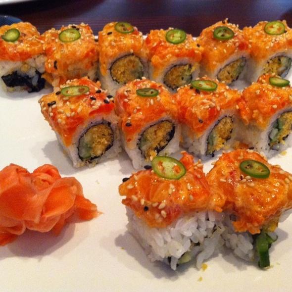 Spicy Salmon Roll - Sukiyaki House, Calgary, AB