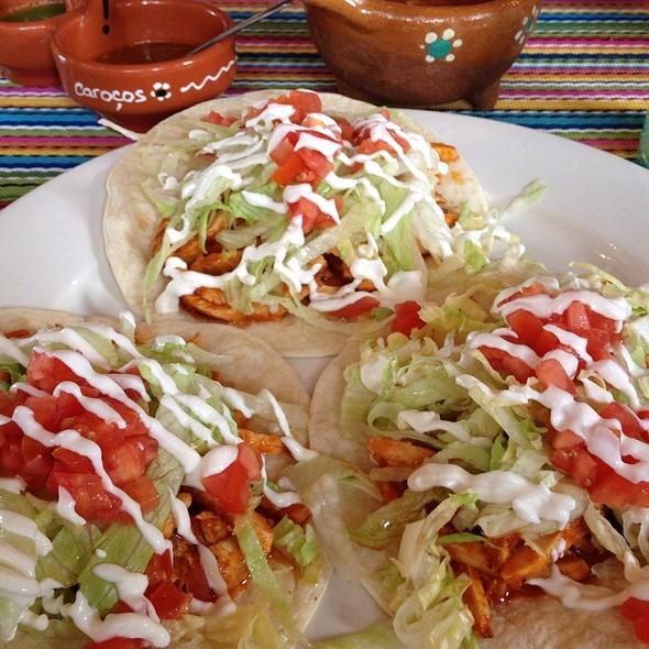 tacos tinga - spicy chicken - La Frontera Mexican Grill, Hackensack, NJ