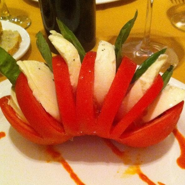 Caprese Salad @ D'amalfi