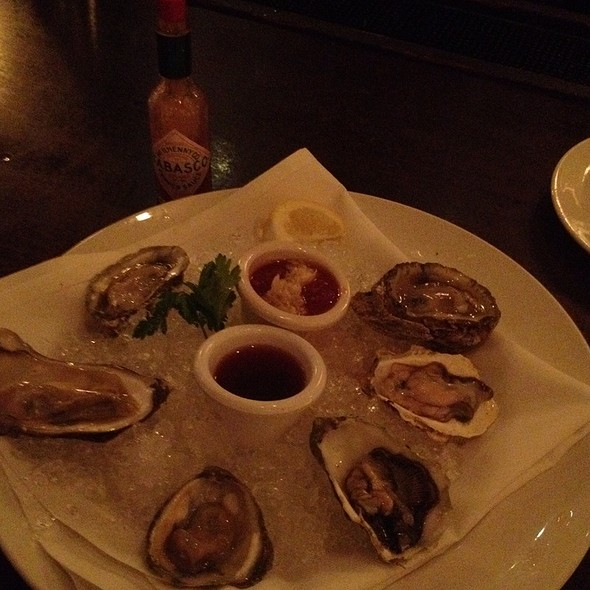 Assorted Oysters @ Mccormick & Schmick's