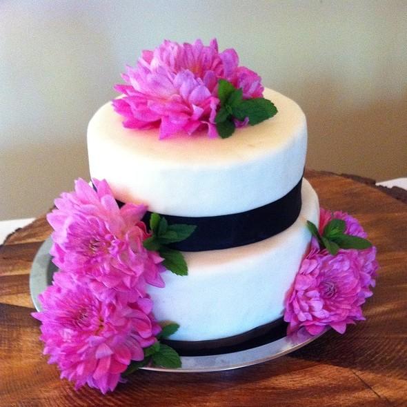 Wedding Cake - CJ's Grill, Mammoth Lakes, CA