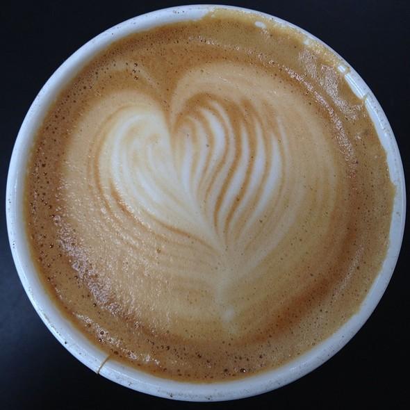 Cappuccino @ B2 Coffee