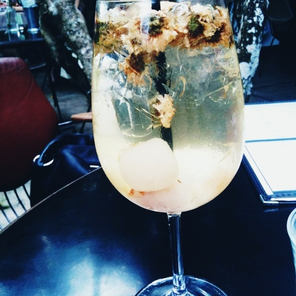 White bouquet Sangria @ PS Cafe (Tanglin Village)