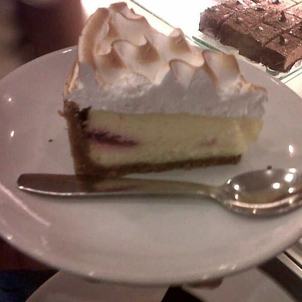 Baked Newyork Cheese Cake @ Theobroma