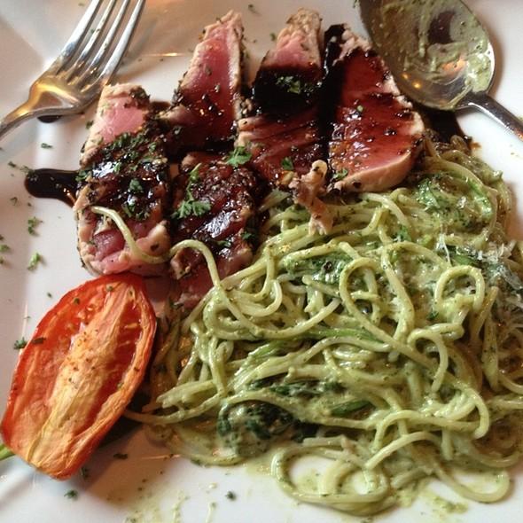Tonno Con Basilico - Pomodoros Greek & Italian Cafe-South, Asheville, NC