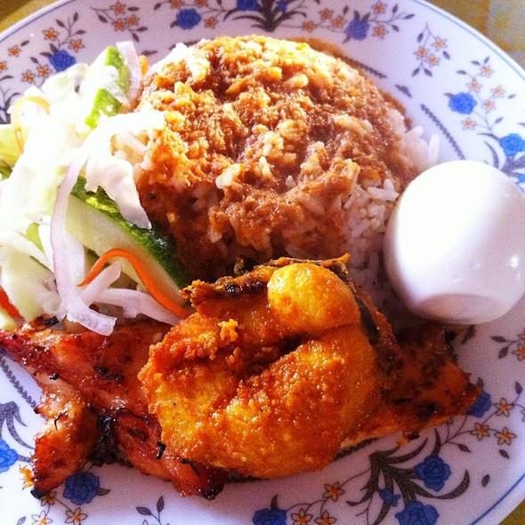"""Nasi Lemak @ Pantai Merang """"Breakfast"""""""