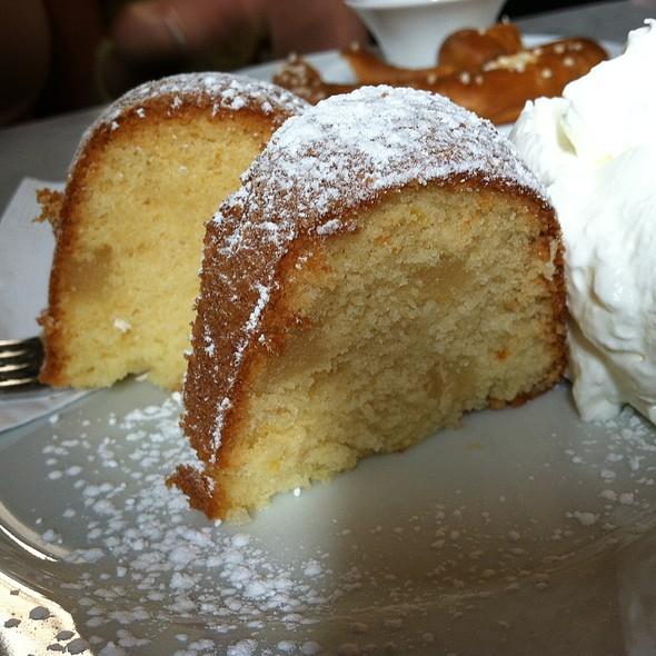 Marzipan Guglhupf /Marzipan Ring Cake
