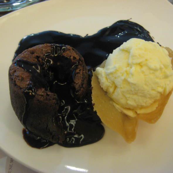 Lindt Molten Lava Cake @ Maitre Chocolatier Boutique Cafe