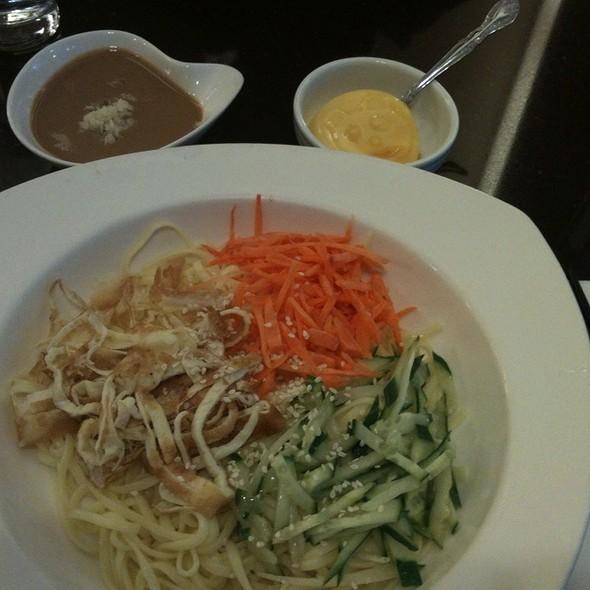 涼麵 @ Tri-Ty Cafe