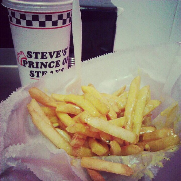 Cheese Fries @ Steve's Prince of Steaks