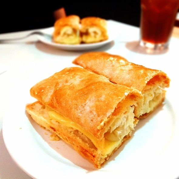 Apple Strudel @ Ritz Apple Strudel & Pastry