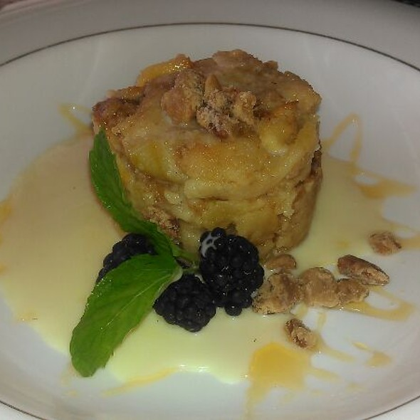 Apple Bread Pudding - The Comus Inn at Sugarloaf Mountain, Dickerson, MD