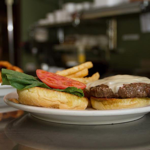 Cheeseburger @ Murphy's Deli and Bar
