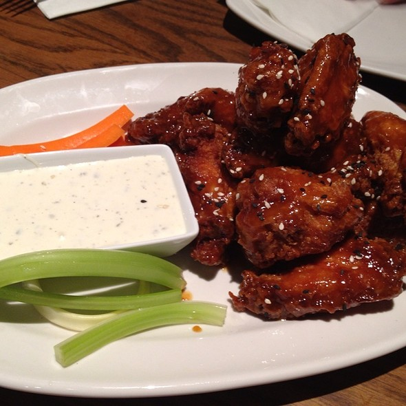 Honey Sesame Wings @ HopsScotch