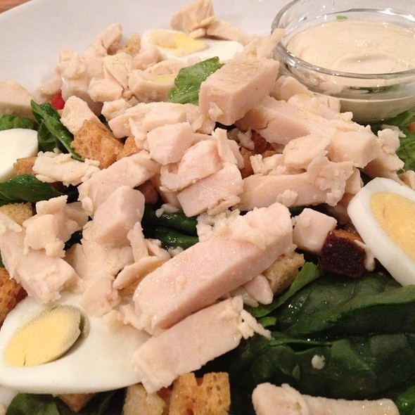 Chicken Caeser Salad @ 0,75