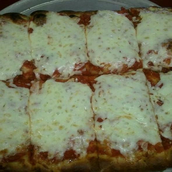 New York Style Sicillian Pizza @ Frank's Pizzaria