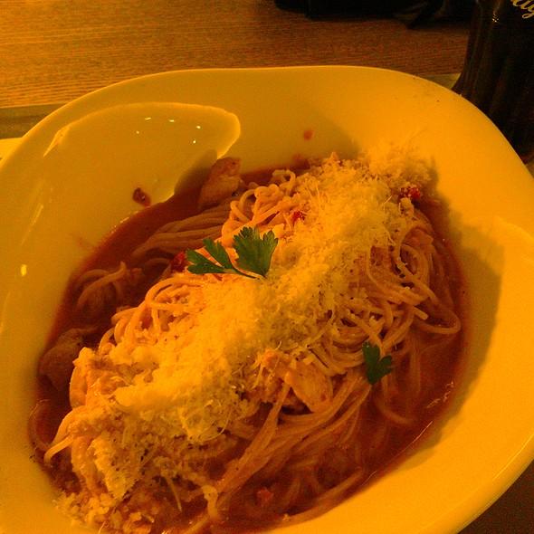 Spaghetti al pollo di crema @ Vapiano MOM Park