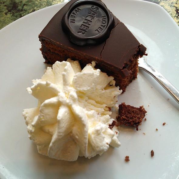 Original Sacher Torte @ Cafe Sacher
