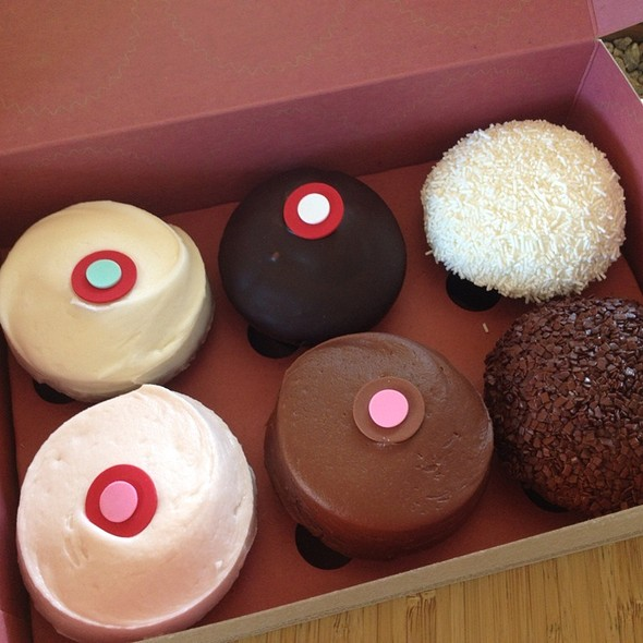 sprinkles cupcakes chicago menu