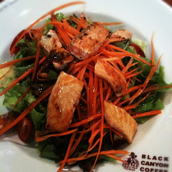 Salmon salad @ Black canyon