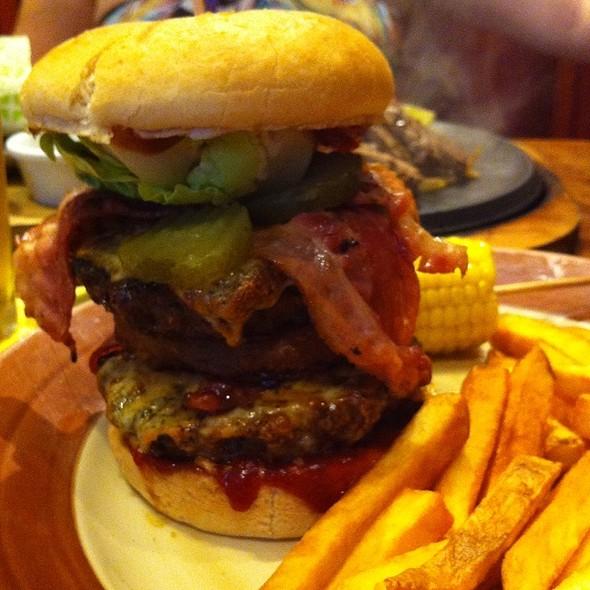 Summer Burger @ Chiquito Mexican Resturant & Bar