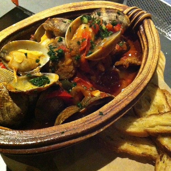 Steamer Clams  @ Imperial