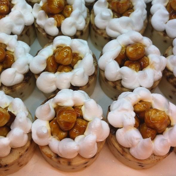 Caramel Nut Tart @ Amara Dolce Vita