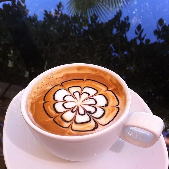 Café Moca @ Amara Dolce Vita