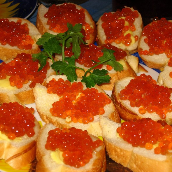 Crab Salad, Asparagus Salad, Seafood Carpaccio, Rabbit with Microgreens, Seafood Risotto, Vodka and Caviar