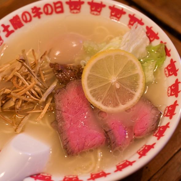 Beef Bone Soup Ramen @ 土曜の牛の日