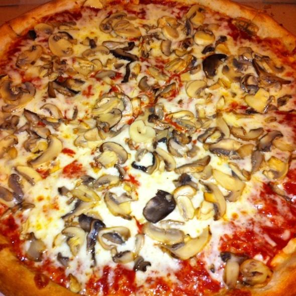 Mushroom Pizza @ Zesty Pizzeria