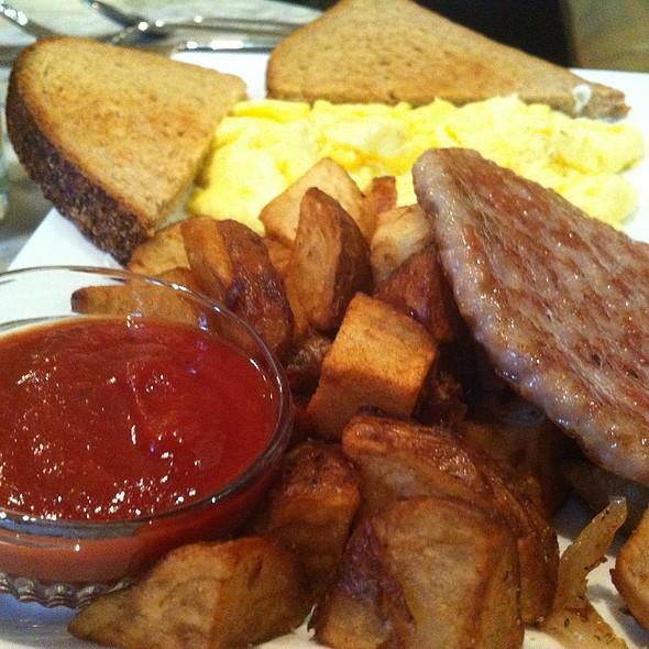 Gracie's breakfast - Gracie's, Portland, OR