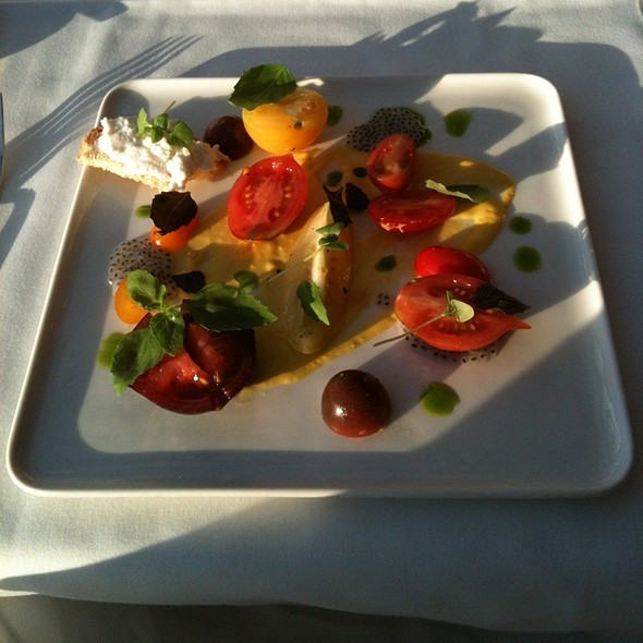 Composition Of Heirloom Tomatoes At Members Dining Room The Metropolitan Museum