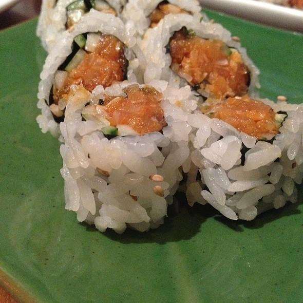 Spicy Albacore Roll @ C-Rolls Sushi