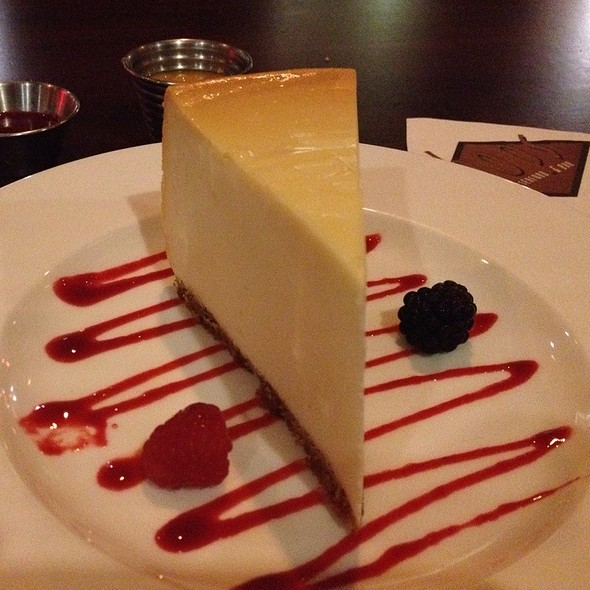 New York Cheesecake With Raspberry And Mango Coulis And Fresh Berries - Chops - Folsom, Folsom, CA
