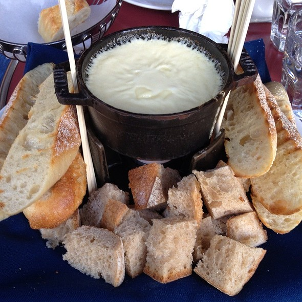 Fondue Aux Fromages - Left Bank Santana Row, San Jose, CA