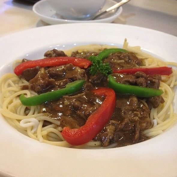 Black Pepper Chicken With Spaghetti @ Sweet Chat Cafe