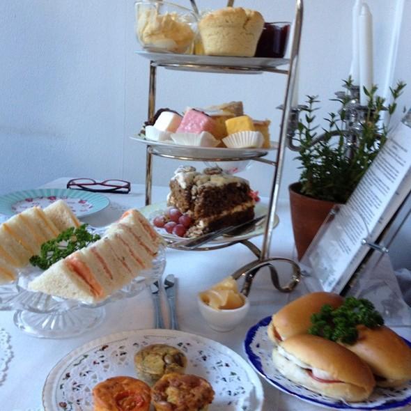High Tea @ Koffie- En Theeschenkerij De Zeeman