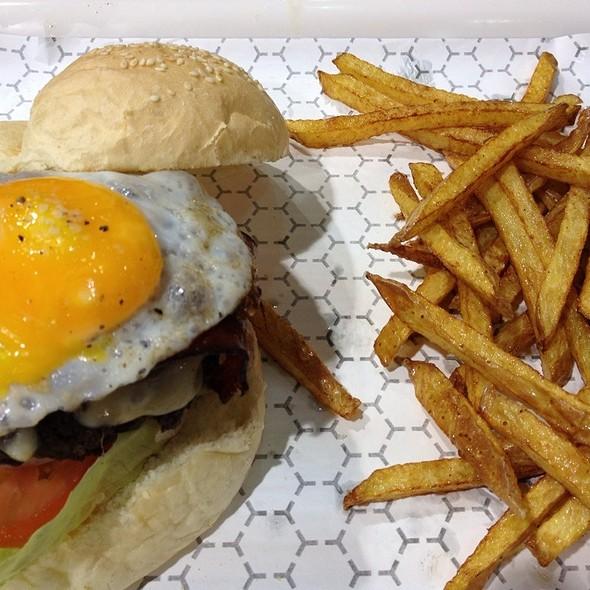 Sunrise Burger  @ Burger Shack