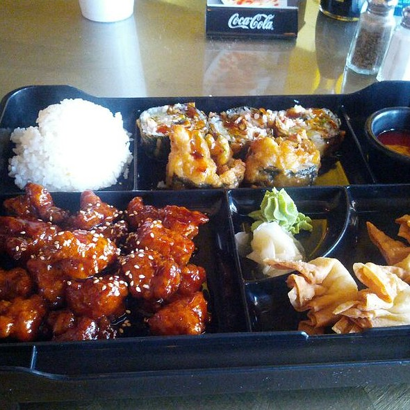 Bento Box Las Vegas Roll And Sesame Chicken @ Chef Ben Sushi & Asian Express
