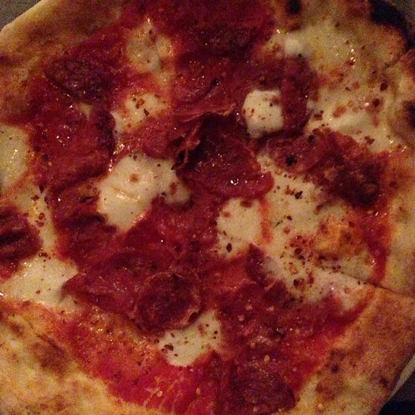 Pizza Salami, Buffalo Mozarella, Chili @ Pizza East