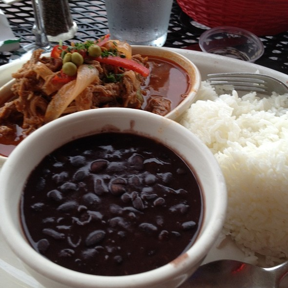 Ropa Vieja And Maduros @ El Cristo Restaurant