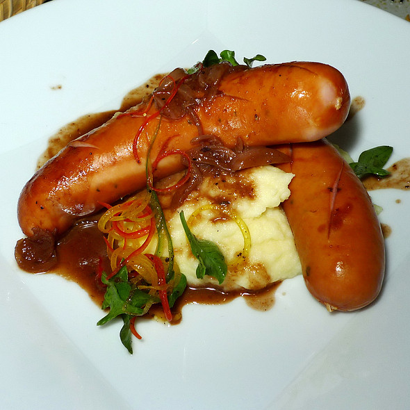 Bangers & Mash Snack @ Beer Vault -  Four Points by Sheraton Bangkok