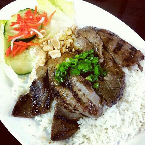 Charbroiled Beef Rice Plate @ Pho Time