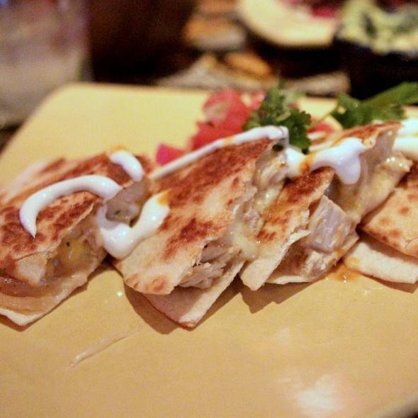 Pulled chicken quesadilla @ MXco