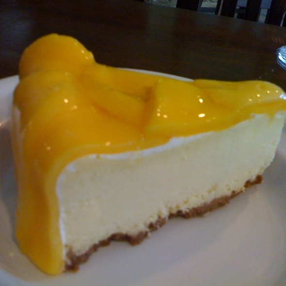 Mango Passion Cheesecake @ Tagaytay Highlands