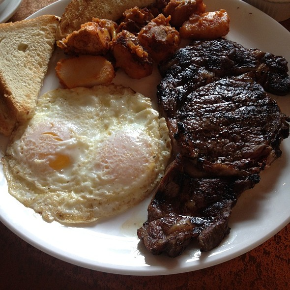 Steak and Eggs - Creo Restaurant, Albany, NY