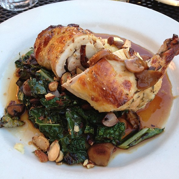 Chicken With Kale And Potatoes @ Lucia's Restaurant