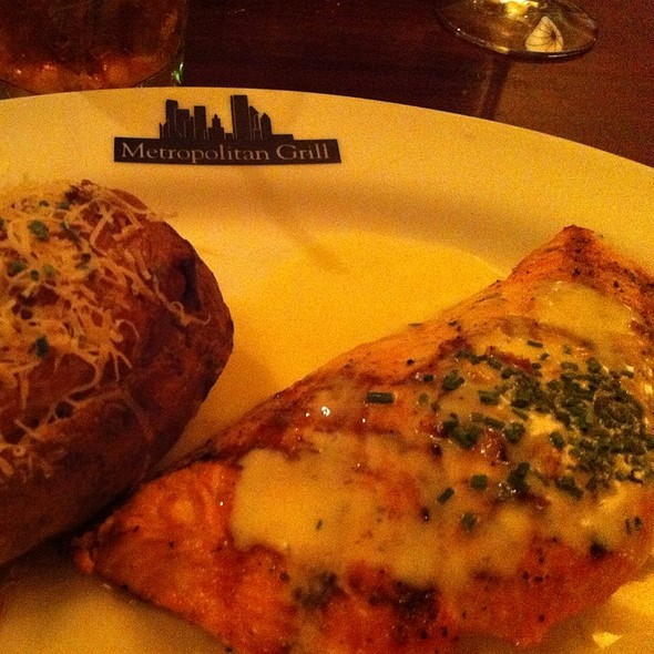 Broiled Salmon - The Metropolitan Grill, Seattle, WA